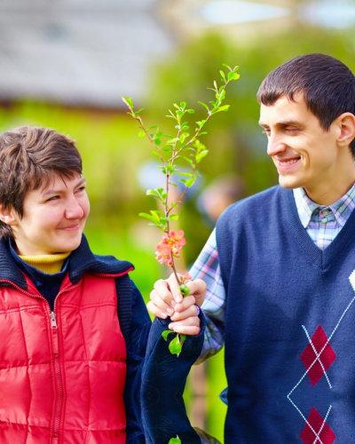 teen giving flowers